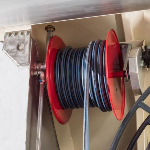 Enrouleur motorisé tuyau eau
